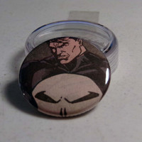 Comic Book 1.5&quot; Button// Punisher