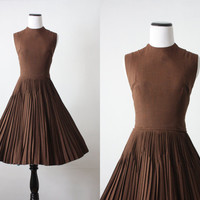 1950's modern pleated day dress