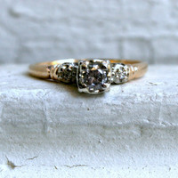 Classic Vintage 14K Yellow Gold Diamond Three Stone Engagement Ring - 0.39ct