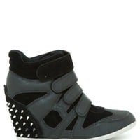Bubble 04C Stud Velcro Wedge Sneaker
