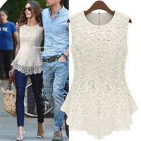 Romantic moments  Sleeveless lace blouse