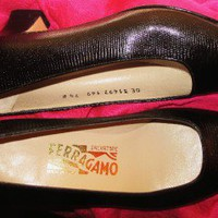 FERRAGAMO SHOES  BLACK SNAKE LEATHER CLASSY PUMPS !S 7.5 B/38 ! MADE IN ITALY !