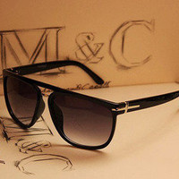 Cross frame sunglasses