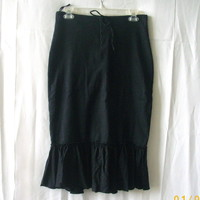 Premiere Collection black linen & rayon size 10 skirt, ruffle hem & tie at waist