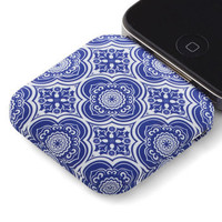Youre in Charge iPhone Battery Pack in Delft | Mod Retro Vintage Wallets | ModCloth.com
