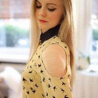 Open Shoulder Shirt with Stud Collar and All Over Bird Print