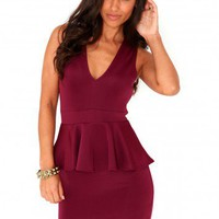 Missguided - Davan V Neck Bodycon Peplum Dress In Plum