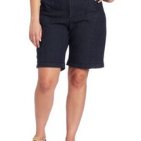 Amazon.com: Lee Women&#x27;s Plus-Size Emmie Bermuda Comfort Fit Short: Clothing