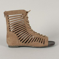 Qupid Blink-144 Cut Out Lace Up Gladiator Flat Sandal