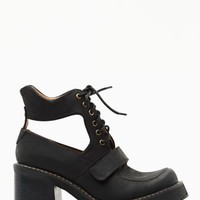 Exeter Cutout Boot