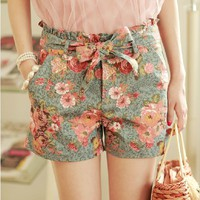 High Waisted Flower Jeans Shorts