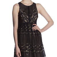 Rocco Keyhole-Back Lace Dress