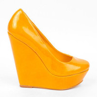 Suzie Patent Wedges in Yellow :: tobi