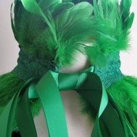 Green Feather and Lace Neckpiece/Sash