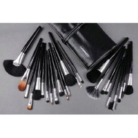 Amazon.com: MAC Makeup Brush Set Professional 32 Pieces: Everything Else