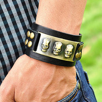 Friendship Punk Adjustable Black Leather Bracelet Skull Rivets Gifts for Men's Bracelet 2271S