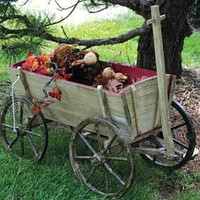 "Victorian trading Co. - www.victoriantradingco.com - Cream and Red Wagon<br/><img src=/ebaydav/images/bestsellertag.jpg alt=""bestseller tag"">"