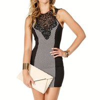 Black/White Crochet Neck Pattern Dress