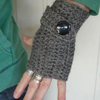 fingerless mittens with big button by daiseychain on Etsy