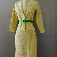 Vintage RIBBON Suit -  Mad Men 2 Piece Set  -  WOMEN -  Pencil Skirt , Jacket - YELLOW