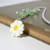 Green and White Beaded Daisy Dangling Bookmark - Handmade Bookmark - Ready to Ship
