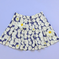 Vintage 1990s Mini Skirt Daisy Floral Pleated Medium