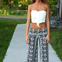 Black and White Aztec Yoga Pants