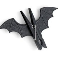 Spooky Bat Peg Clip (by Suck UK)