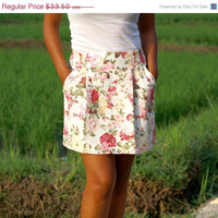 ON SALE Summer White and Pink Rose Floral Skirt / White and Pink Rose Floral Print Mini Skirt with Pockets