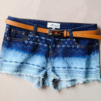 sincerely — Gradient embroidery denim shorts