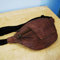 vintage distressed brown leather fanny pack. distressed leather waist pouch. leather waist pack