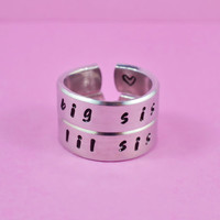 big sis / lil sis  -  Hand stamped Ring Set, Handwritten Font, Shiny Aluminum, Forever Love, Friendship, BFF, v2