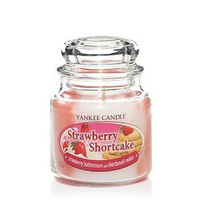 Amazon.com: Yankee Candle 12 Oz. Strawberry Shortcake Swirl Jar Candle: Home & Kitchen
