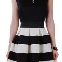 Black & White Stripe High Waist A-Line Skirt
