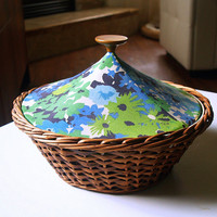 ADORABLE BREAD BASKET 60s Retro Kitchen Entertaining Decor Mid Century Fabulous Round Teal and Lime Green Floral Print Fabric Liner and Lid
