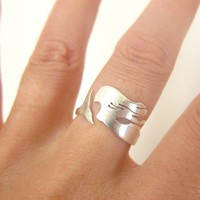 the little mermaid ring - handmade silver jewelry - sea creature