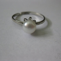 White Freshwater Pearl Silver Plated Ring