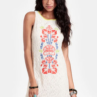 Malta Getaway Lace Dress