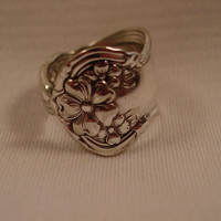 A Size 8 1/4 Spoon Ring Arbutus Pattern Very Pretty Spoon and Fork Jewelry by Spoon Rings Plus  t315