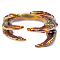 VERAMEAT: Dino Claw Hugs Ring, at 20% off!