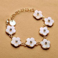Seashell Flower Linked Bracelet