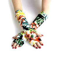 Long black fingerless gloves with large flowers -  mittens, arm warmers ,  vintage , stempunk , goth , victorian ,  floral
