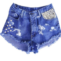 ALL SIZES Slits and Studs high waisted distressed denim levi shorts