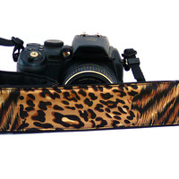 Cheetah dSLR Camera Strap. Leopard Print Camera Strap. Women Accessories.
