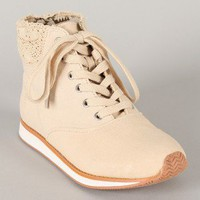 Qupid Pippa-07 Crochet Lace Up Round Toe Sneaker
