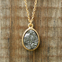 Sparkling Charbon Druzy Necklace [3141] - $12.00 : Vintage Inspired Clothing & Affordable Summer Frocks, deloom | Modern. Vintage. Crafted.