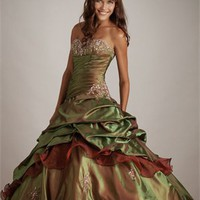 New Style Deep Sweetheart Embroidery Ball Gown Quinceanera Dress QD093