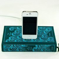 The Odyssey Book Charger for iPhone by CANTERWICK