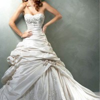 Strapless Sweetheart Taffeta Wedding Gown | MaggiesBridalShop - Wedding on ArtFire