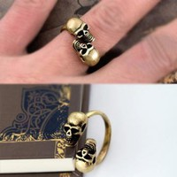 Double Skull Heads Open Ring by forevervintage on Zibbet